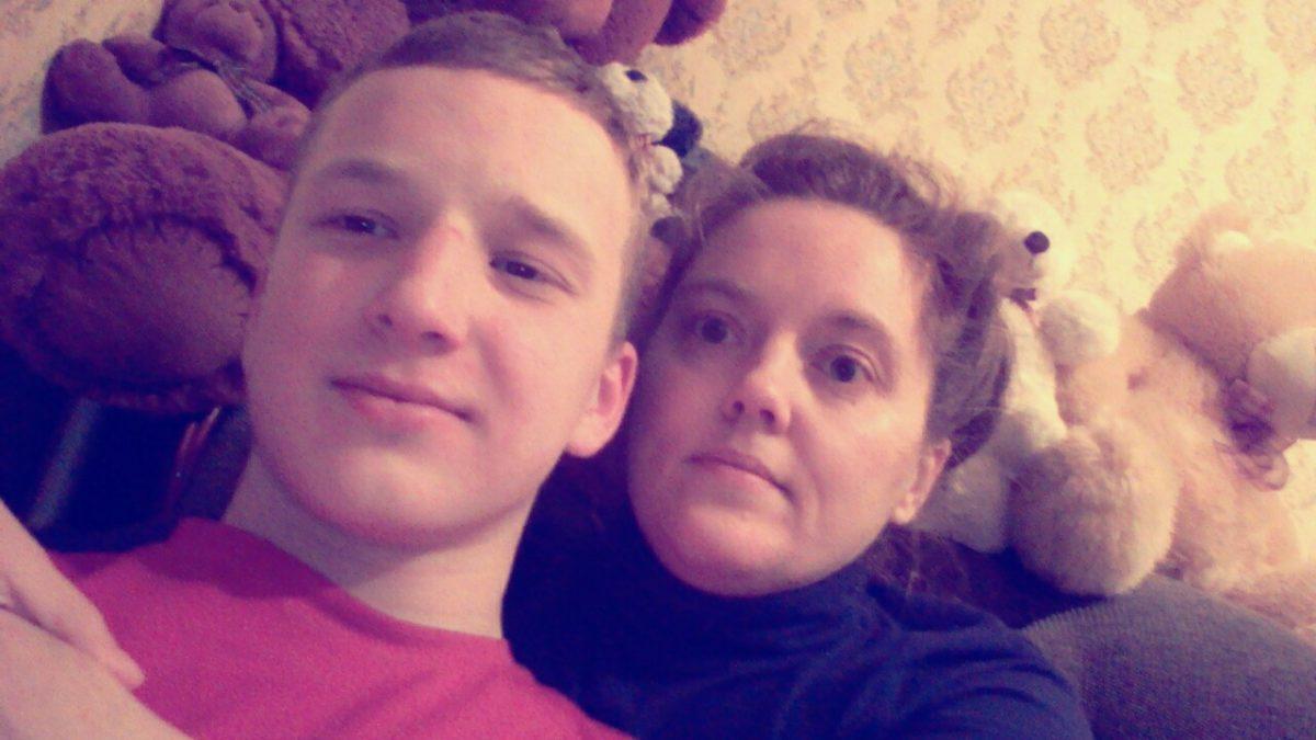 В Ульяновске из-за конфликта со школой женщину пытаются лишить единственного сына — Сбор закрыт!